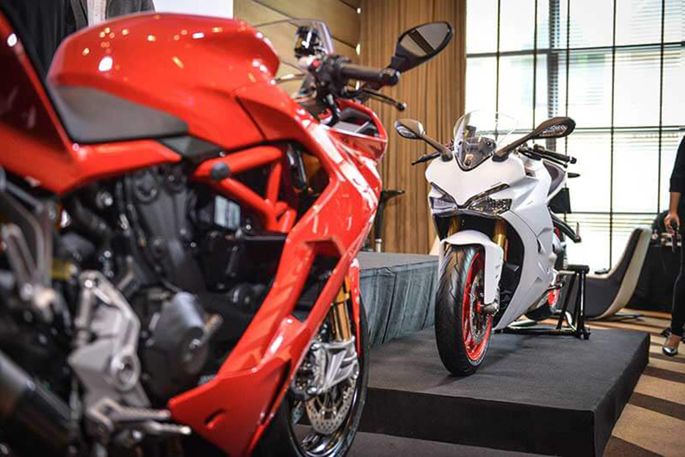 Ducati SuperSport 2017 – Đối thủ Kawasaki Ninja 1000 sắp về Việt Nam - ảnh 3