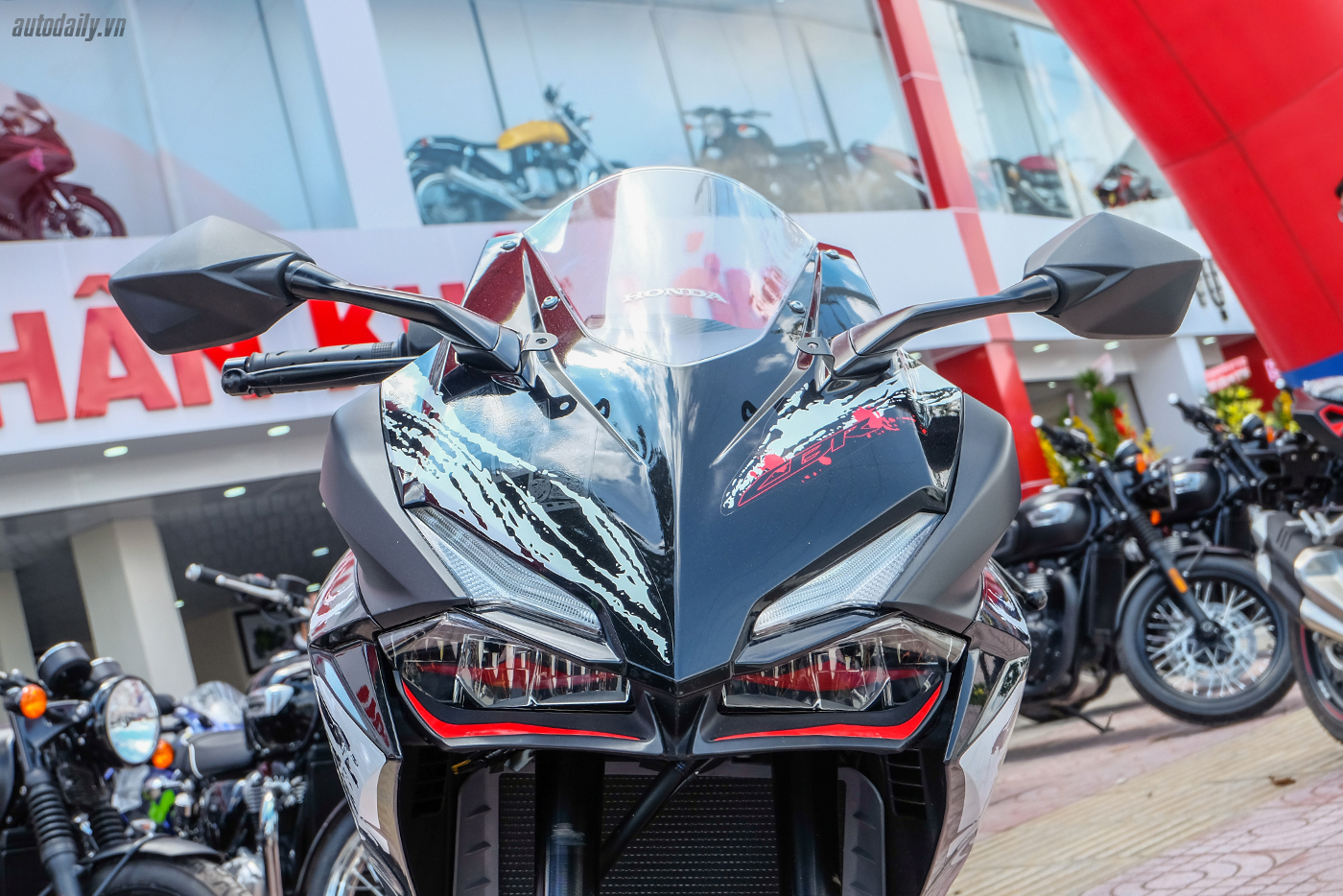 honda-cbr250rr-the-art-of-kabuki-2017-12.jpg