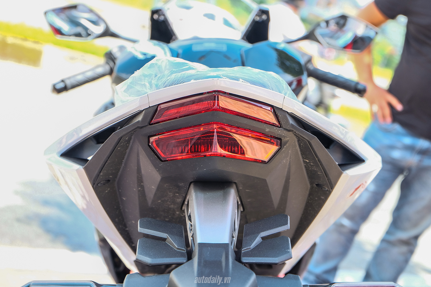 honda-cbr250rr-the-art-of-kabuki-2017-23.jpg