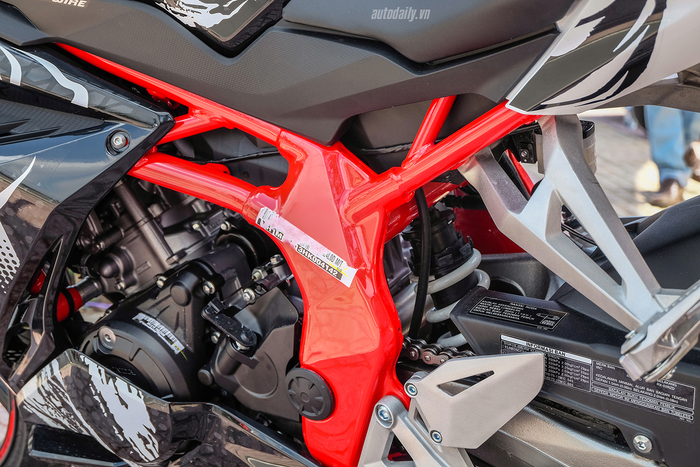 honda-cbr250rr-the-art-of-kabuki-2017-4.jpg