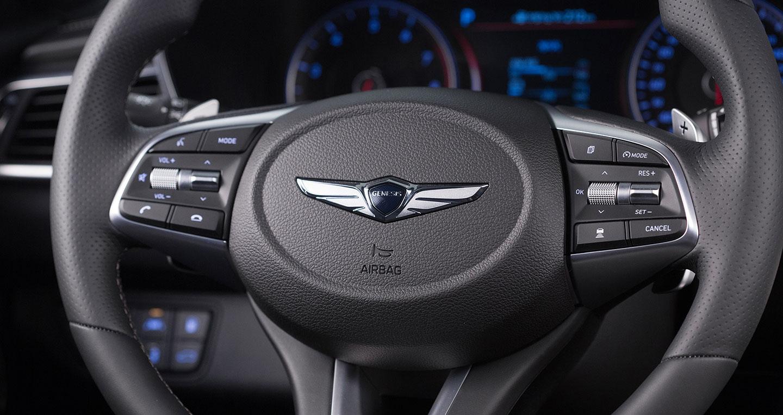 2019-genesis-g70-steering-wheel.jpg