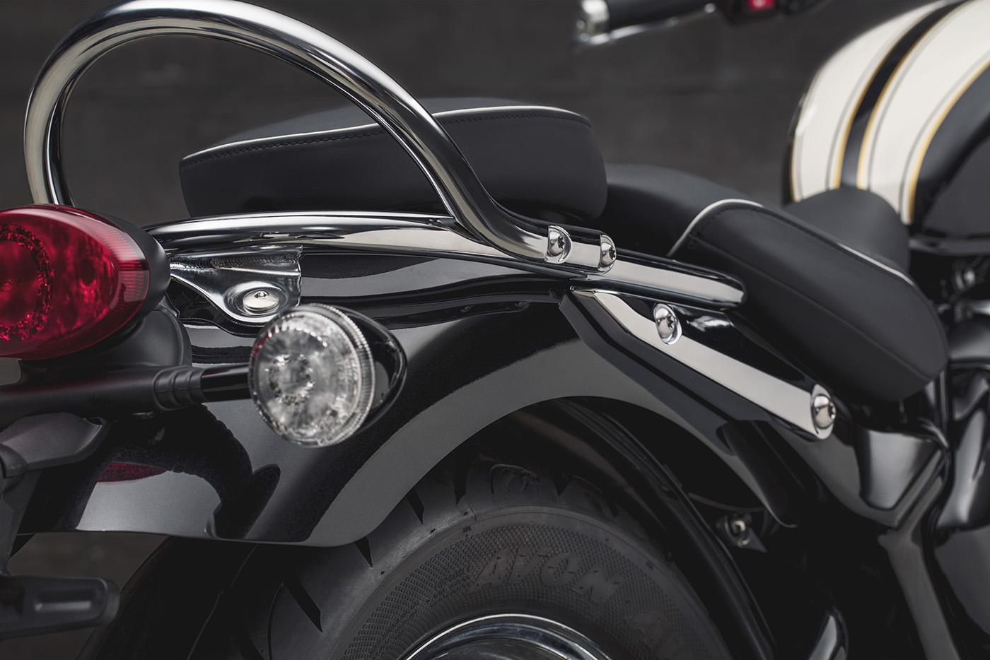 triumph-bonneville-speedmaster-2018-16.jpg