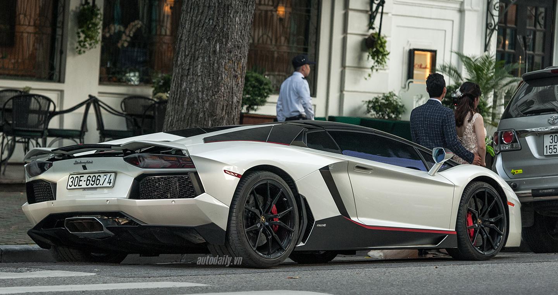 aventador-roadster-autodaily-7.jpg