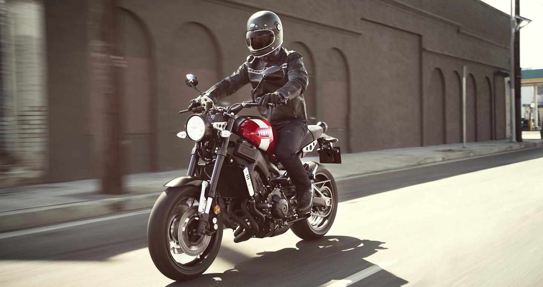 Yamaha XSR900 ABS 2018: Naked-bike cổ điển xen lẫn hiện đại