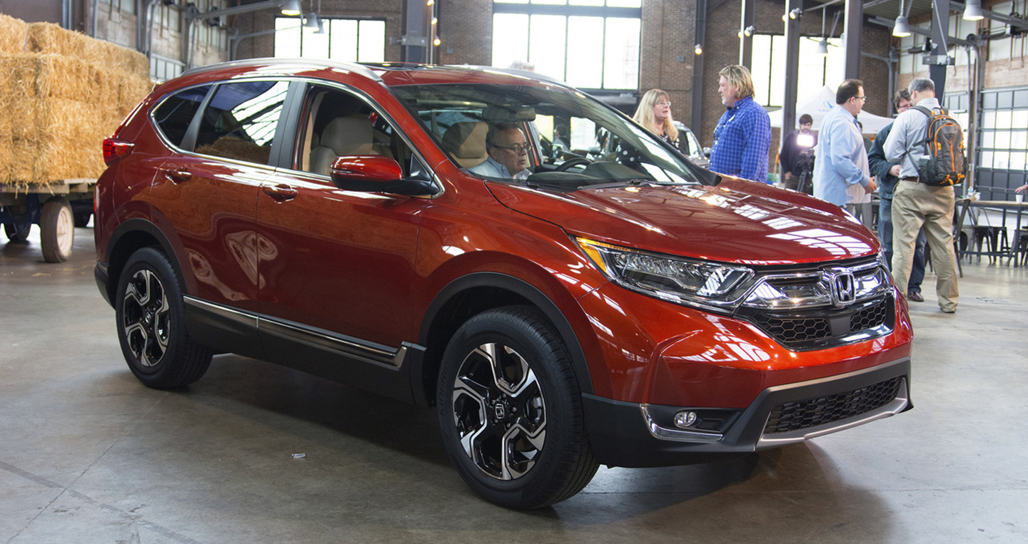 2017-honda-cr-v-live-photos.jpg