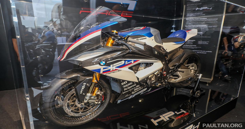 bmw-hp4-race-carbon-14.jpg