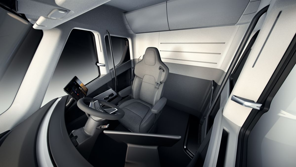 semi-interior-overview.jpg