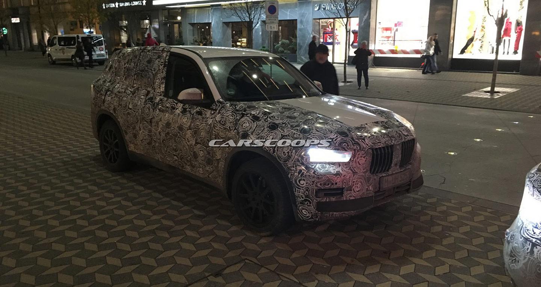 BMW X5 hoàn toàn mới và 8-Series Coupe lộ diện trên đường thử