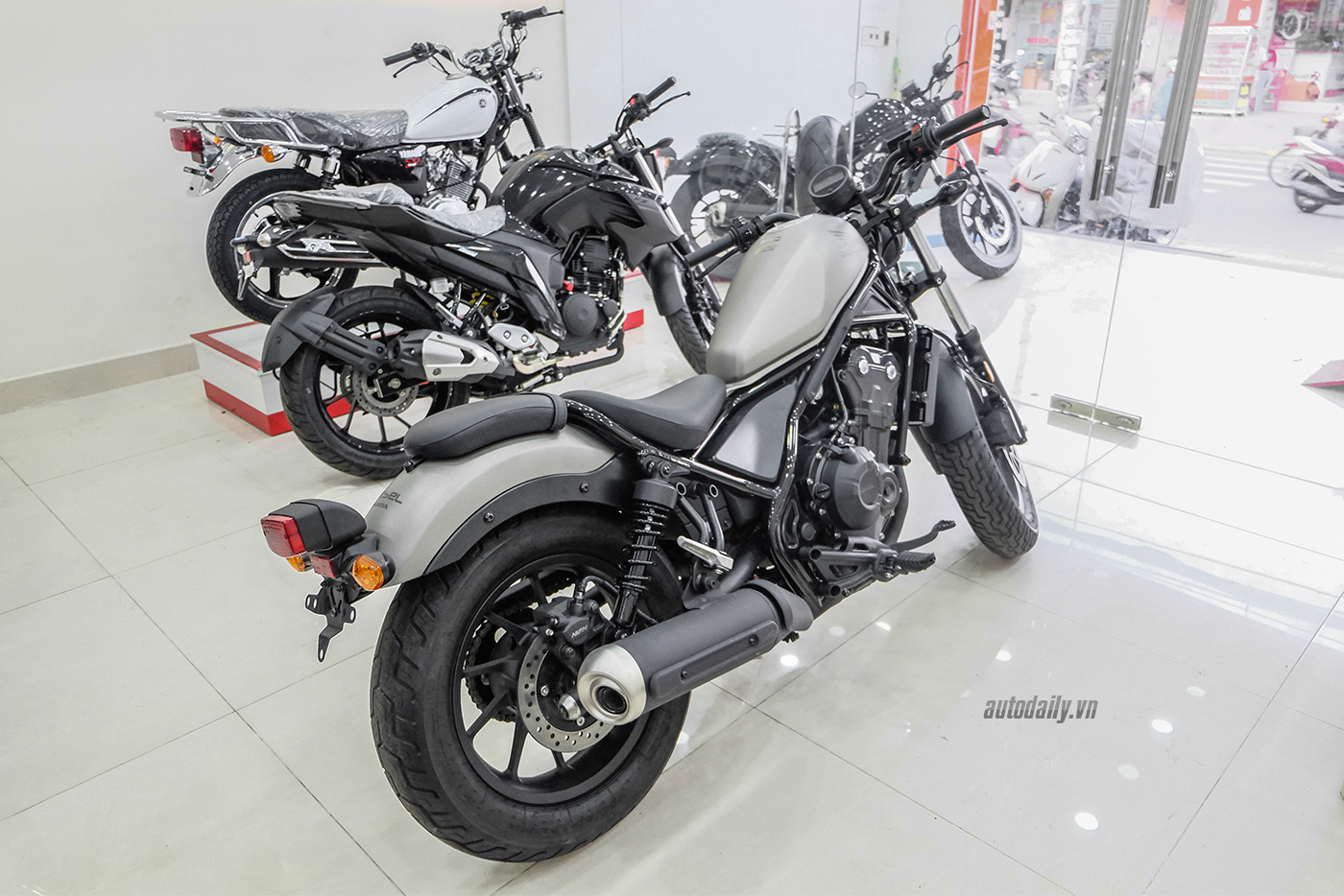honda-rebel-500-abs-2017-10.jpg