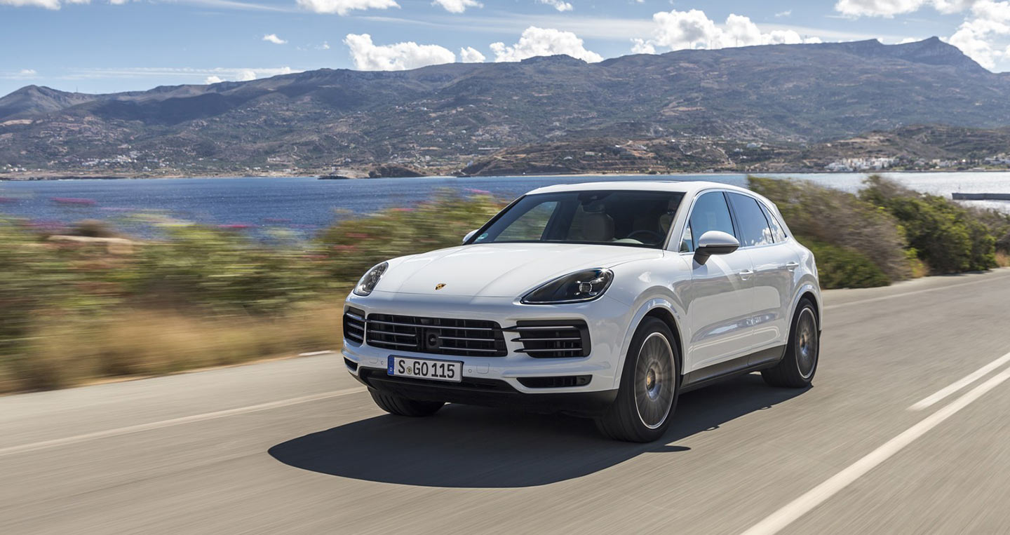 porsche cayenne v macan coupe c th c b t n xanh. Black Bedroom Furniture Sets. Home Design Ideas