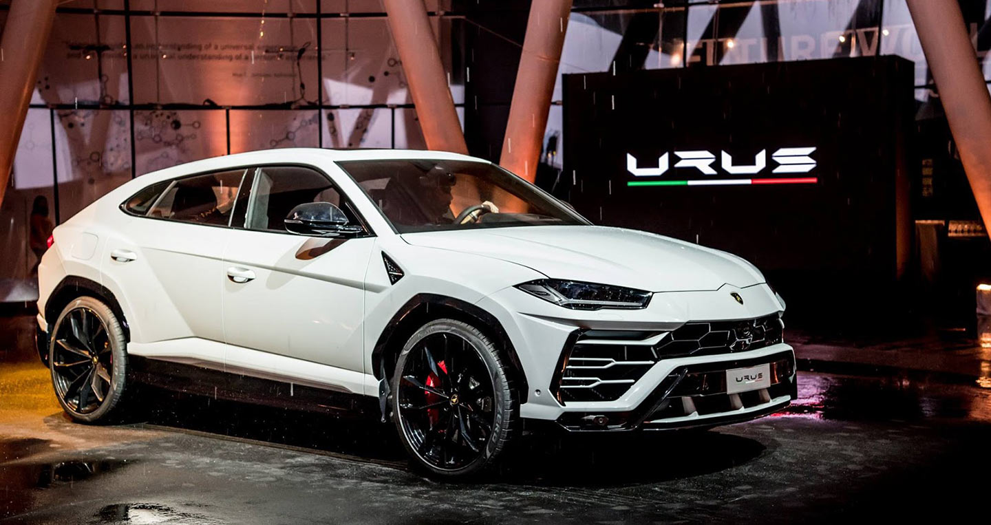 lamborghini-urus-asian-debut-2.jpg