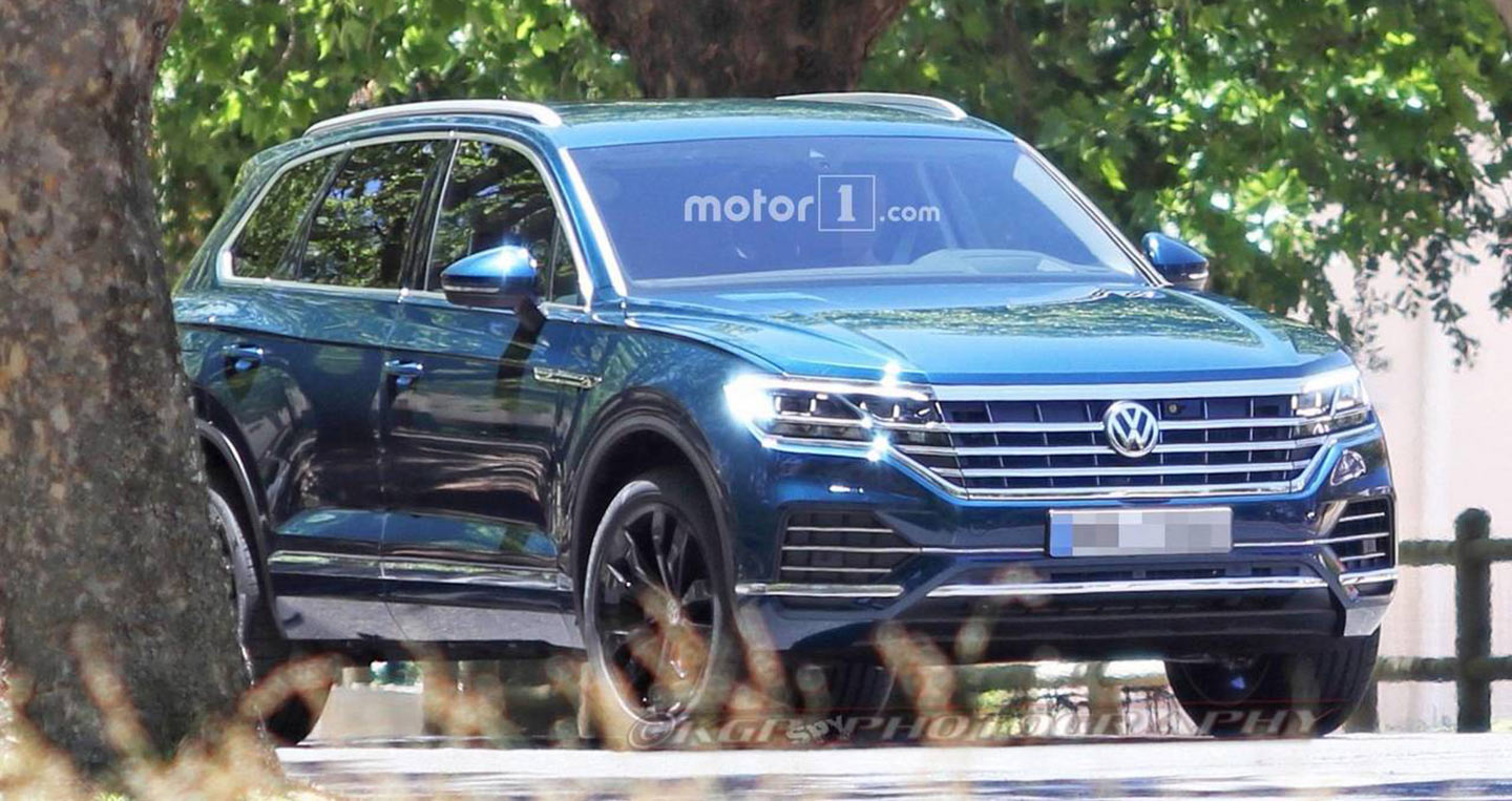 2018-vw-touareg-spy-photo.jpg