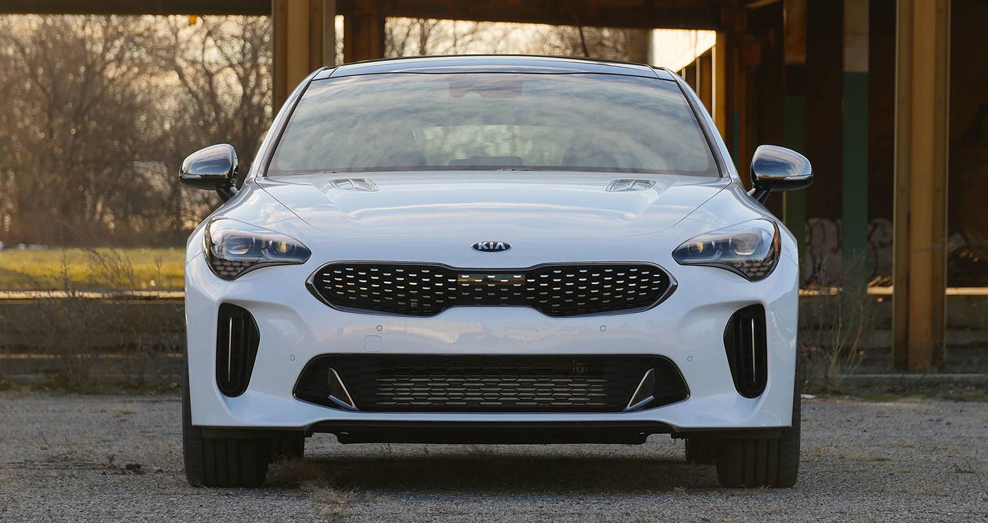 2018-bmw-430i-gran-coupe-vs-2018-kia-stinger-gt-13.jpg