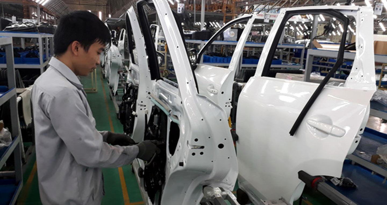 Không đổi cách tính thuế, đừng mơ ô tô giảm giá mạnh