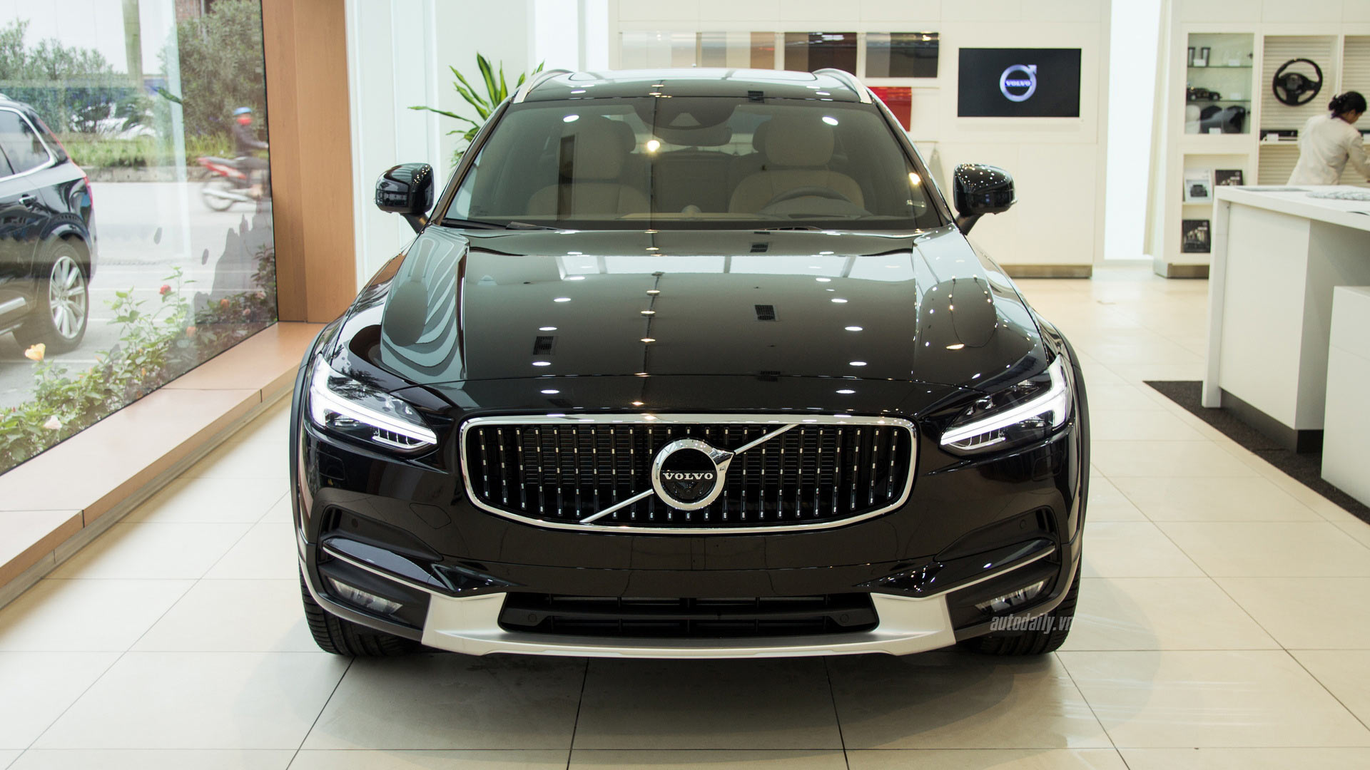 volvo-v90-cross-country-ngoai-that-05.jpg