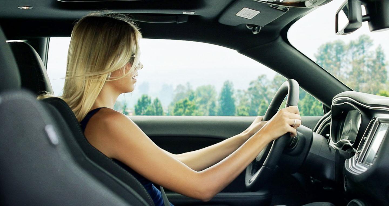 Tranh cãi phụ nữ lái ôtô dở hơn đàn ông