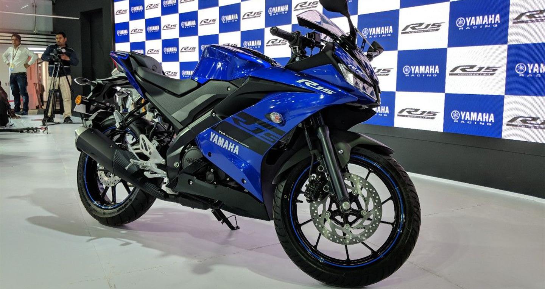 Yamaha YZF-R15 V3.0 thêm hai màu mới