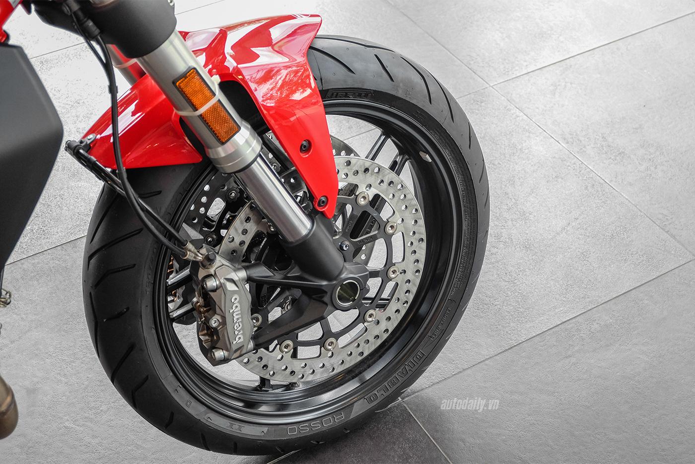 ducati-monster-797-7.jpg