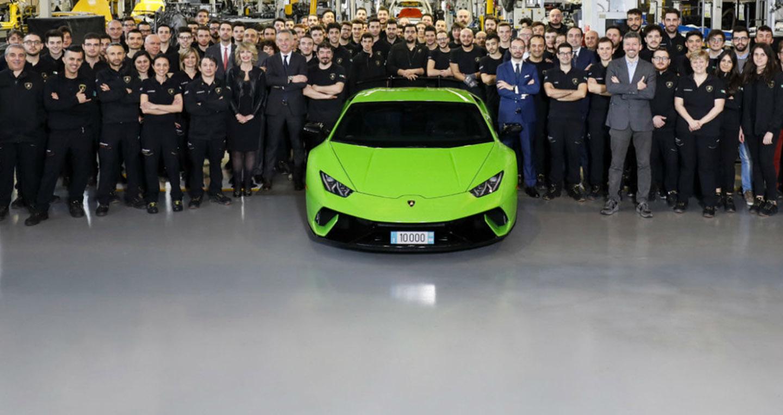 Lamborghini xuất xưởng chiếc Huracan thứ 10.000
