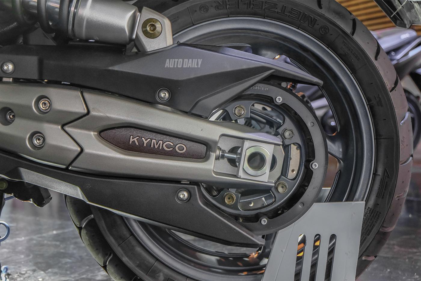kymco-ak550-28.jpg