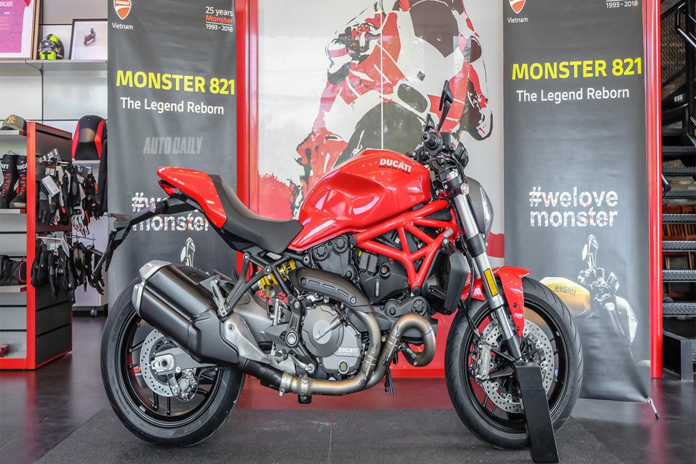 ducati-monster-821-17.jpg
