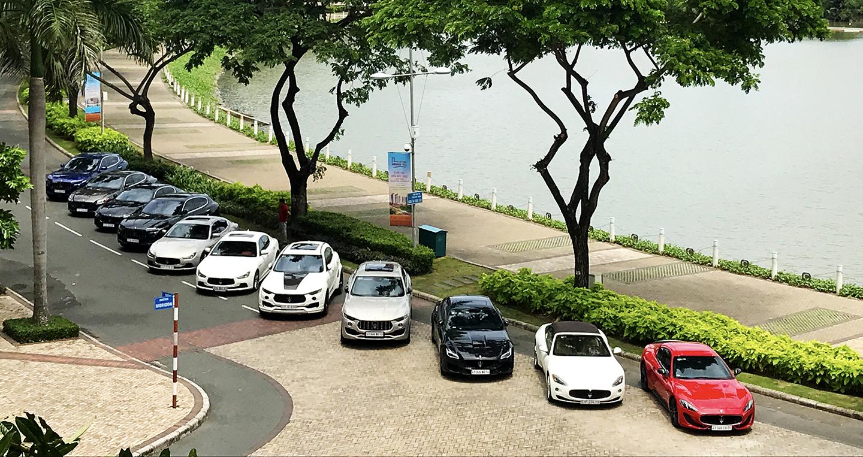 """11 chiếc Maserati """"offline"""" hoành tráng tại Sài Gòn"""