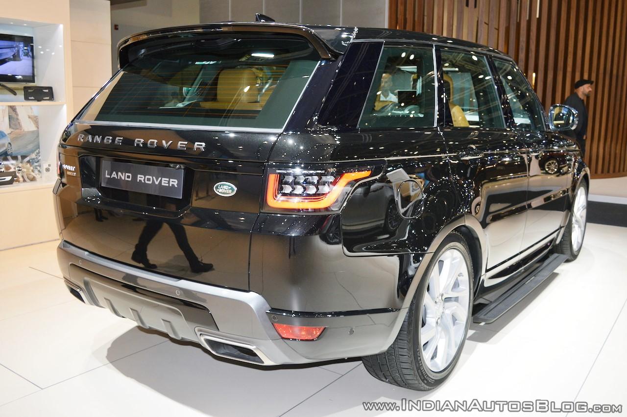 2018-range-rover-sport-at-dubai-motor-show-2017-rear-three-quarters.jpg