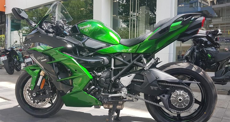 """""""Siêu môtô"""" Kawasaki Ninja H2 SX chính thức cập bến thị trường Việt"""