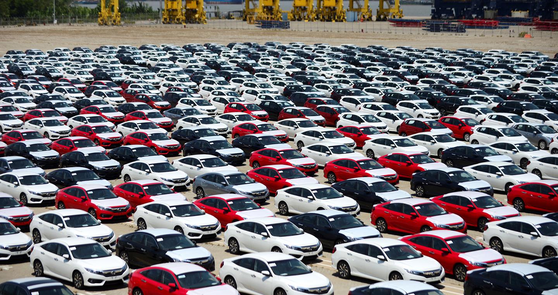 Ôtô nhập khẩu về Việt Nam dần ổn định trở lại