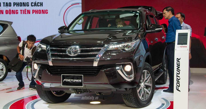 Khoang hành lý Toyota Fortuner và Innova, xe nào rộng hơn?
