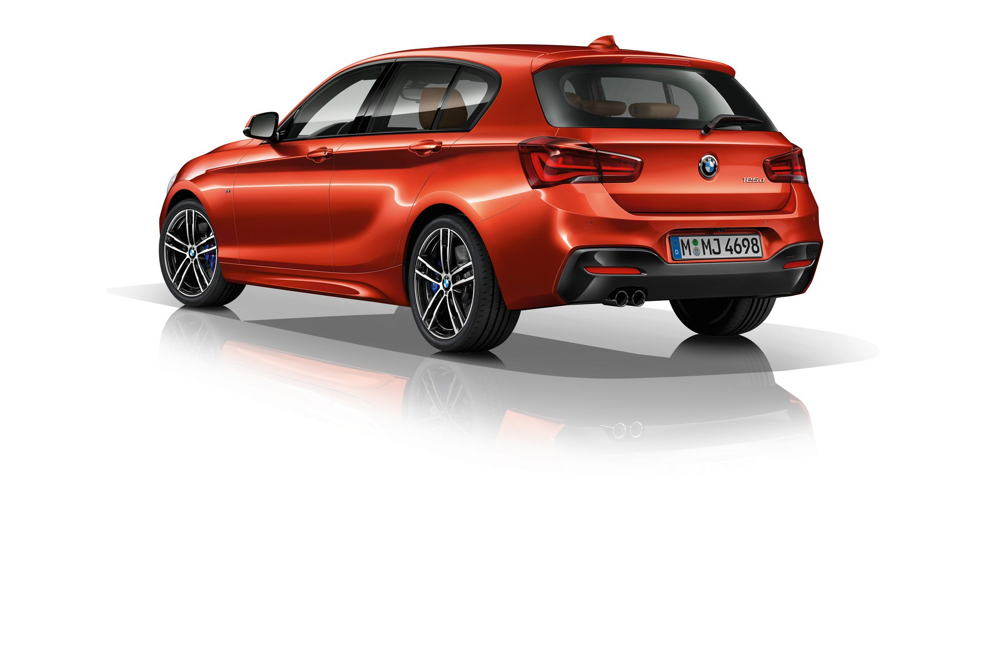 bmw-1-series-edition-m-sport-shadow-2.jpg