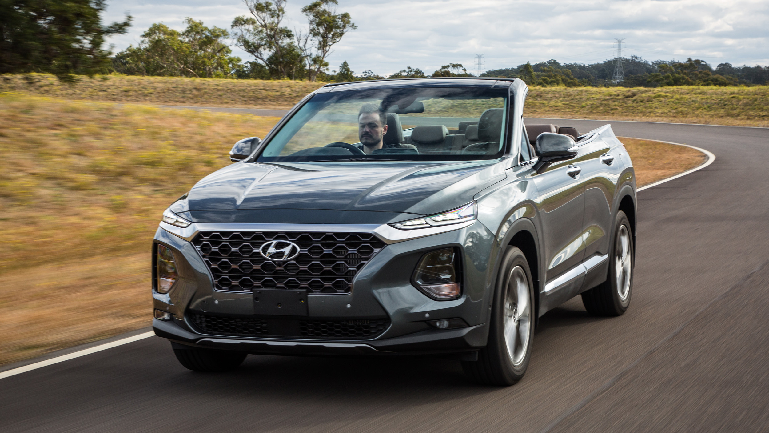 Hyundai Santa Fe mui trần cực độc lộ diện