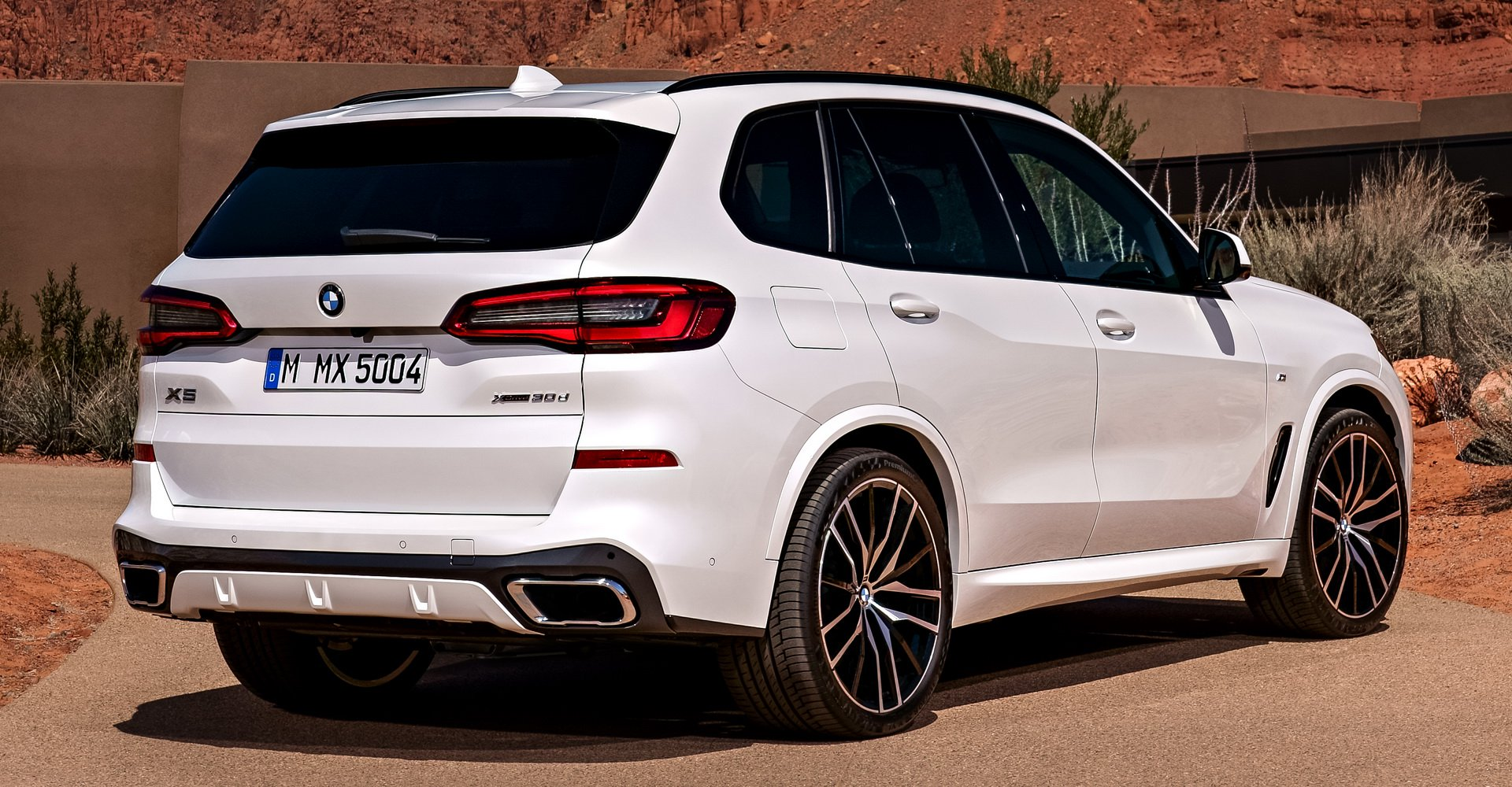 so-sanh-comp-mercedes-gle-vs-bmw-x5-8.jpg