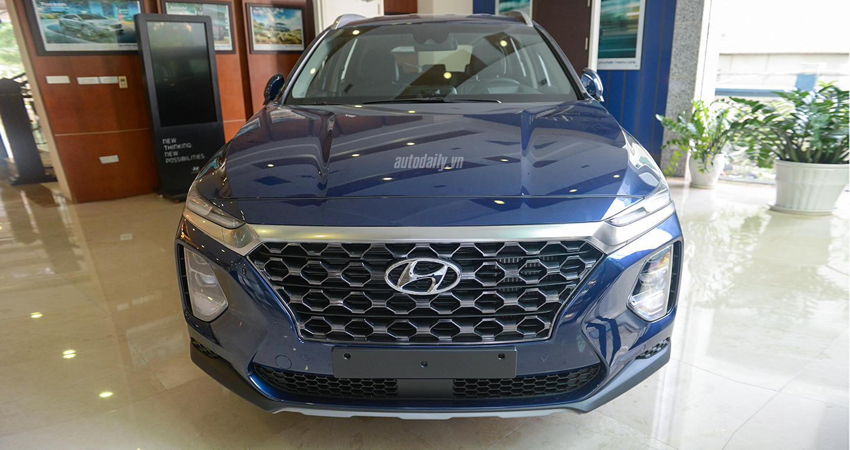 Hyundai Santa Fe 2019 xuất hiện tại Hà Nội, ra mắt vào tháng 10