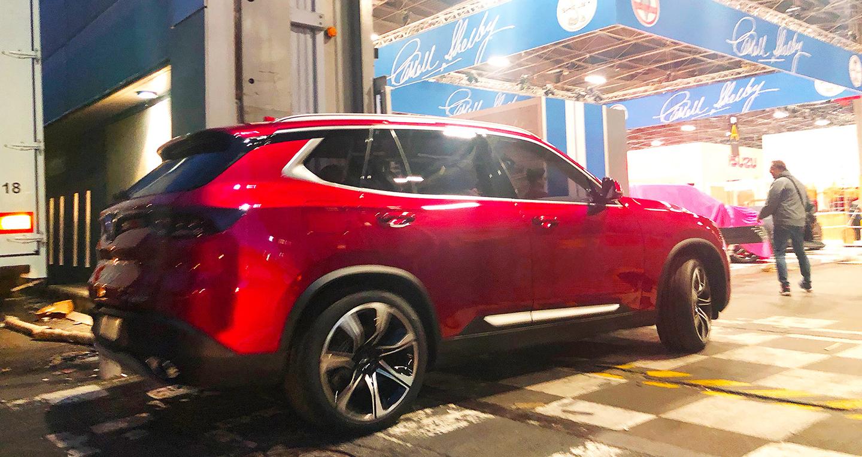 Ảnh nóng xe VinFast đã cập bến sân khấu lớn Paris Motor Show