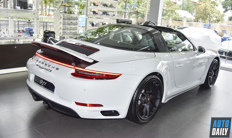 Ảnh chi tiết Porsche 911 Targa 4 GTS giá 11,253 tỷ đồng