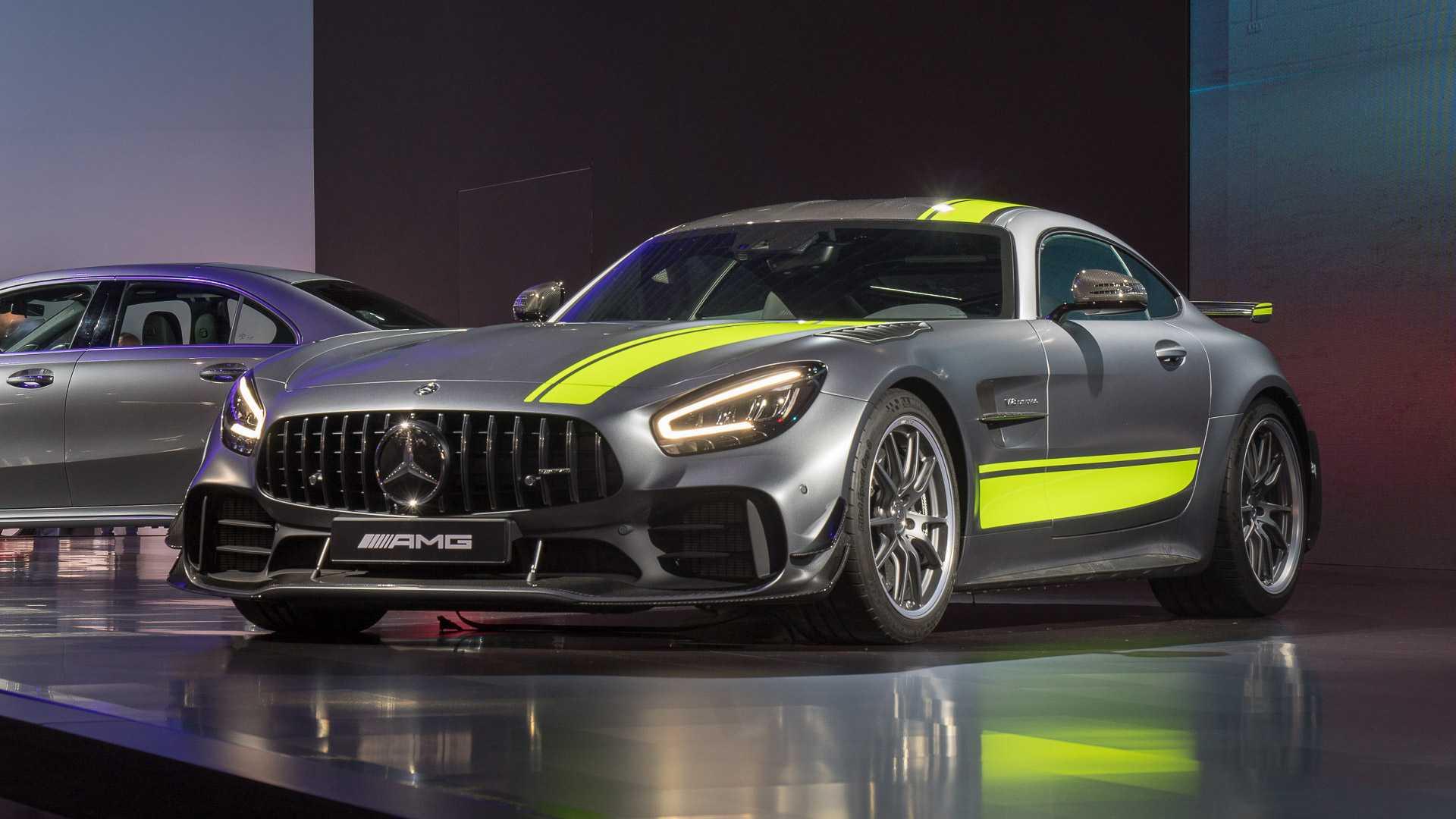Mercedes-AMG GT 2020 chính thức ra mắt, cạnh tranh Porsche 911