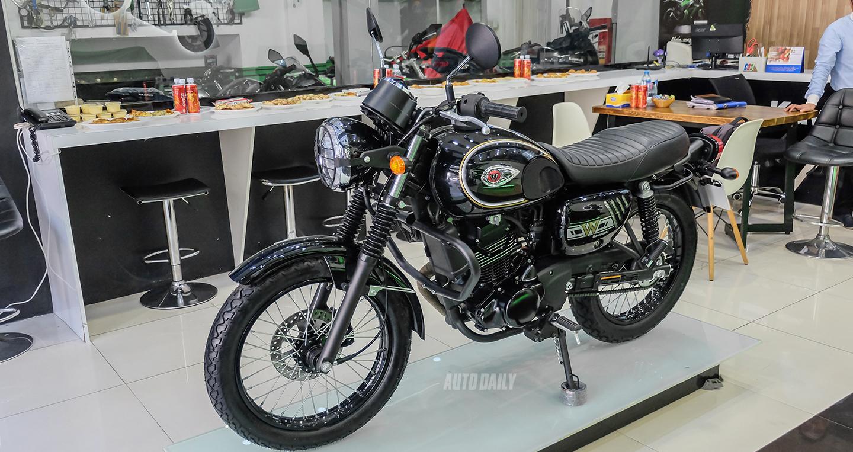 Kawasaki W175 bản giới hạn ấn tượng ở Sài Gòn