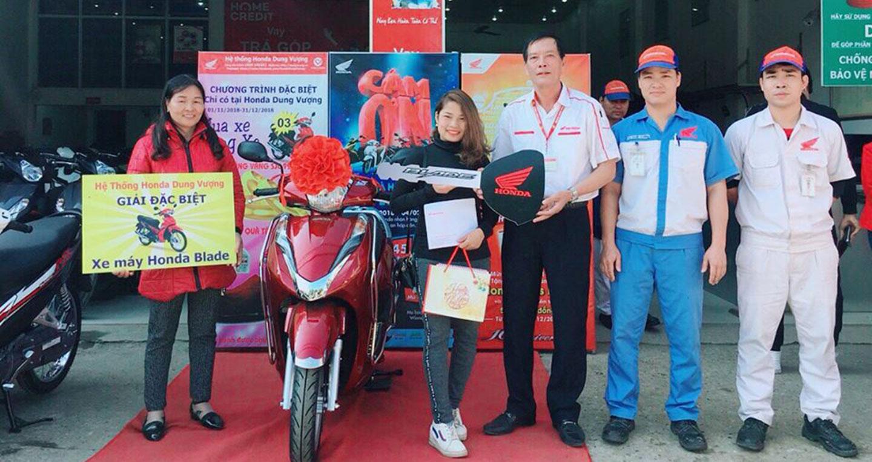 Gần 2.000 khách hàng trúng xe máy Honda chỉ trong 2 tuần