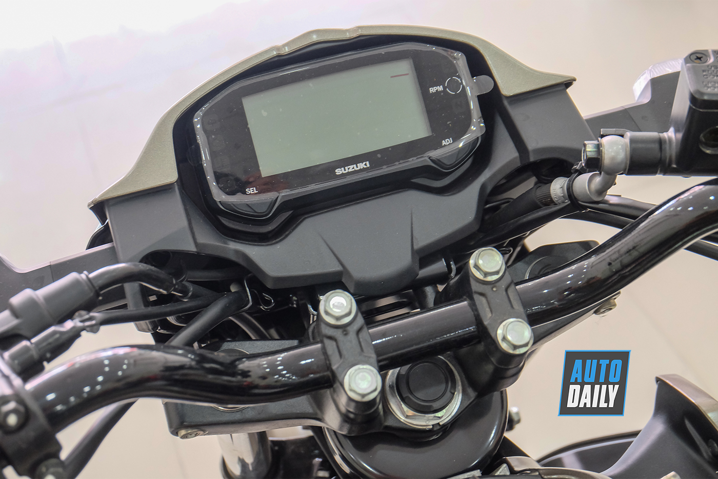 suzuki-gsx-150-bandit-22.jpg