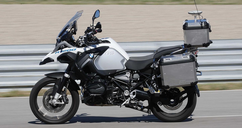 """Mẫu môtô không người lái của BMW """"gây sốt"""" tại CES 2019"""