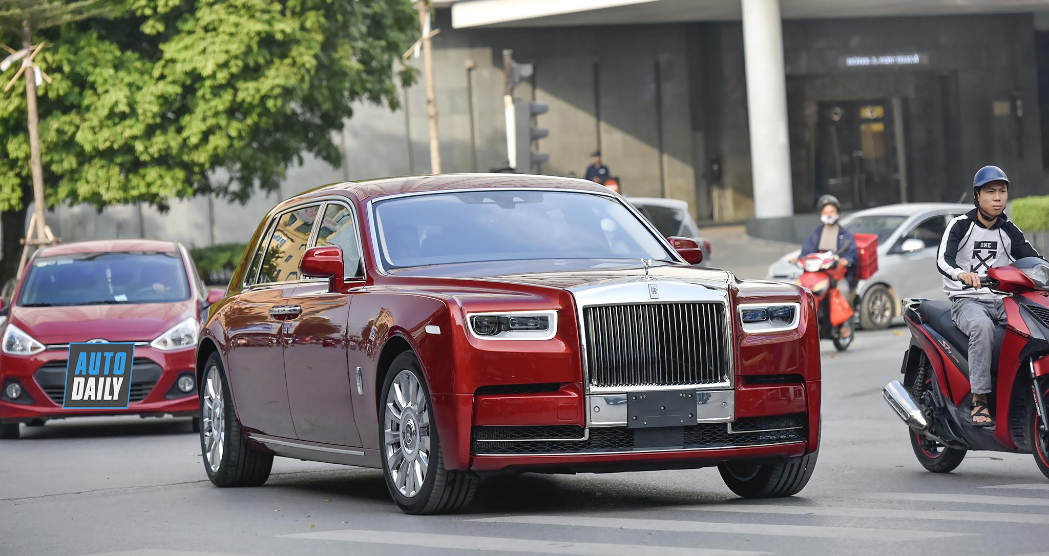 Siêu phẩm Rolls-Royce Phantom VIII đầu tiên về Việt Nam