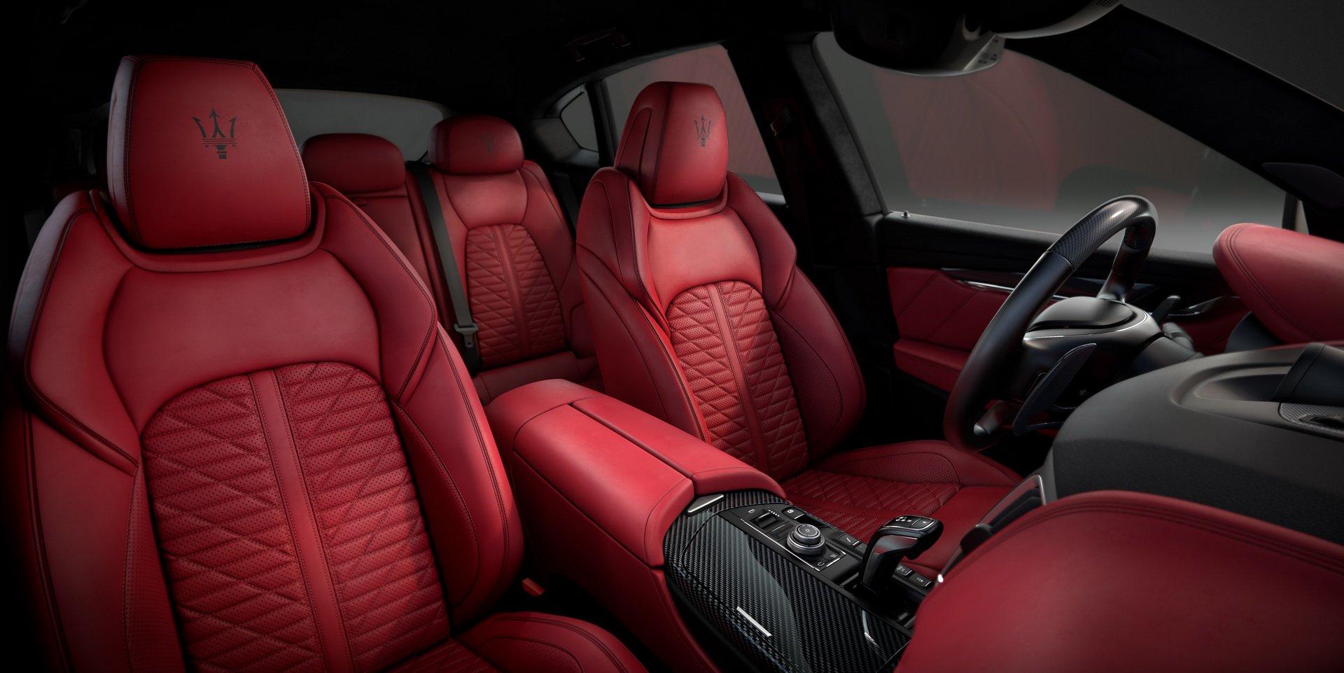 Maserati Levante Vulcano sản xuất giới hạn giá từ 110.000 USD