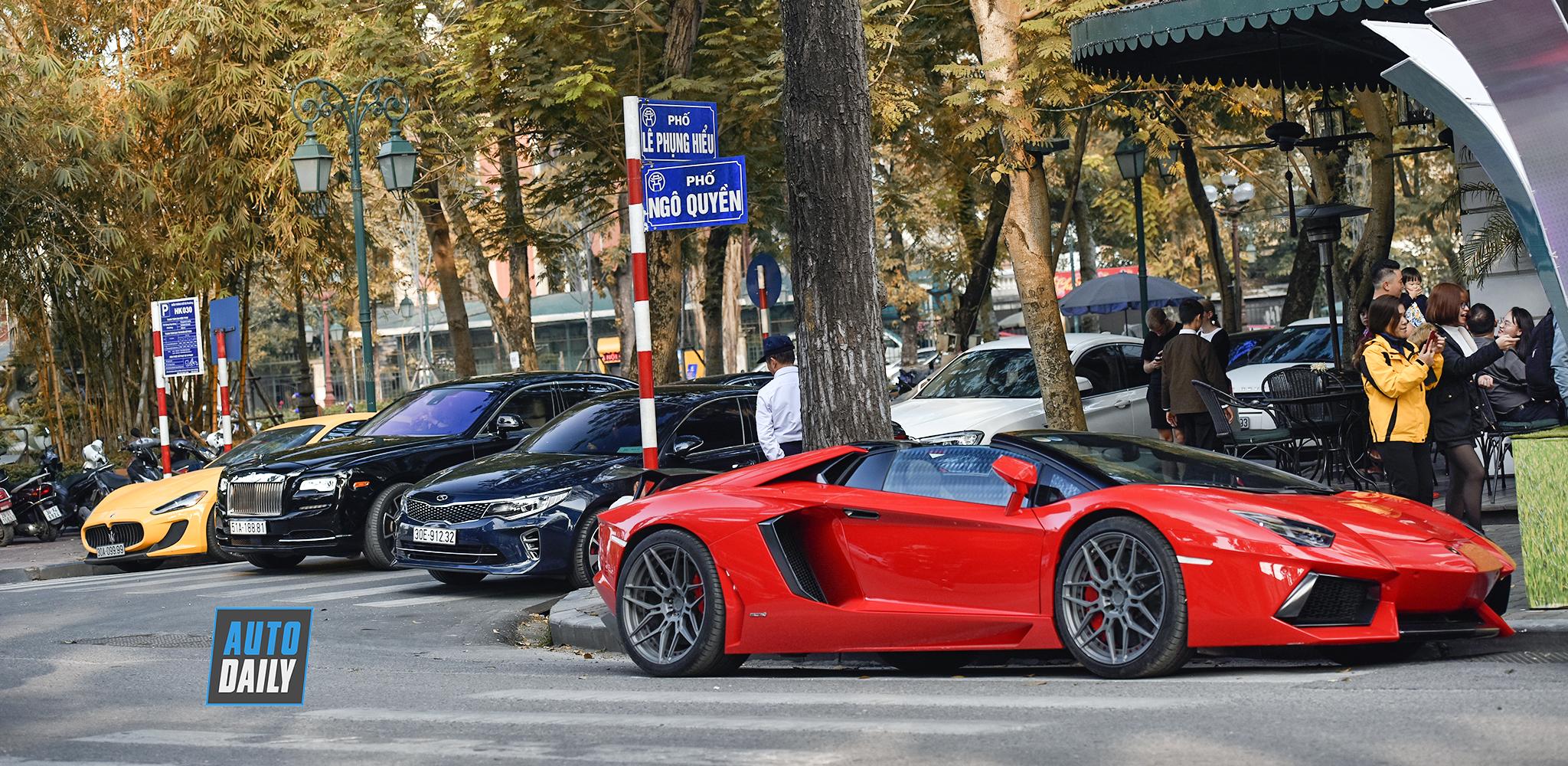 Siêu xe, xe siêu sang Hà Nội xuống phố dịp cuối tuần cận Tết