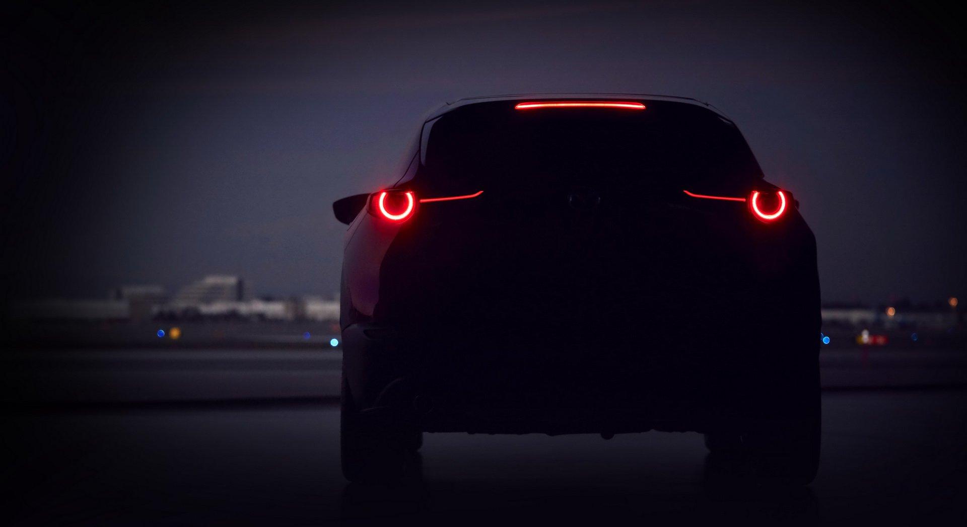 Mazda tung ảnh teaser về mẫu SUV mới sẽ trình làng tại Geneva 2019