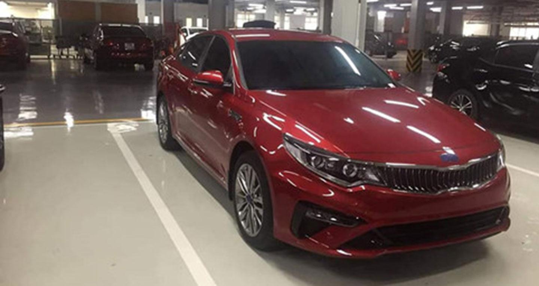 Kia Optima và Toyota Camry 2019 sắp ra mắt tại Việt Nam, khuấy động phân khúc sedan hạng D