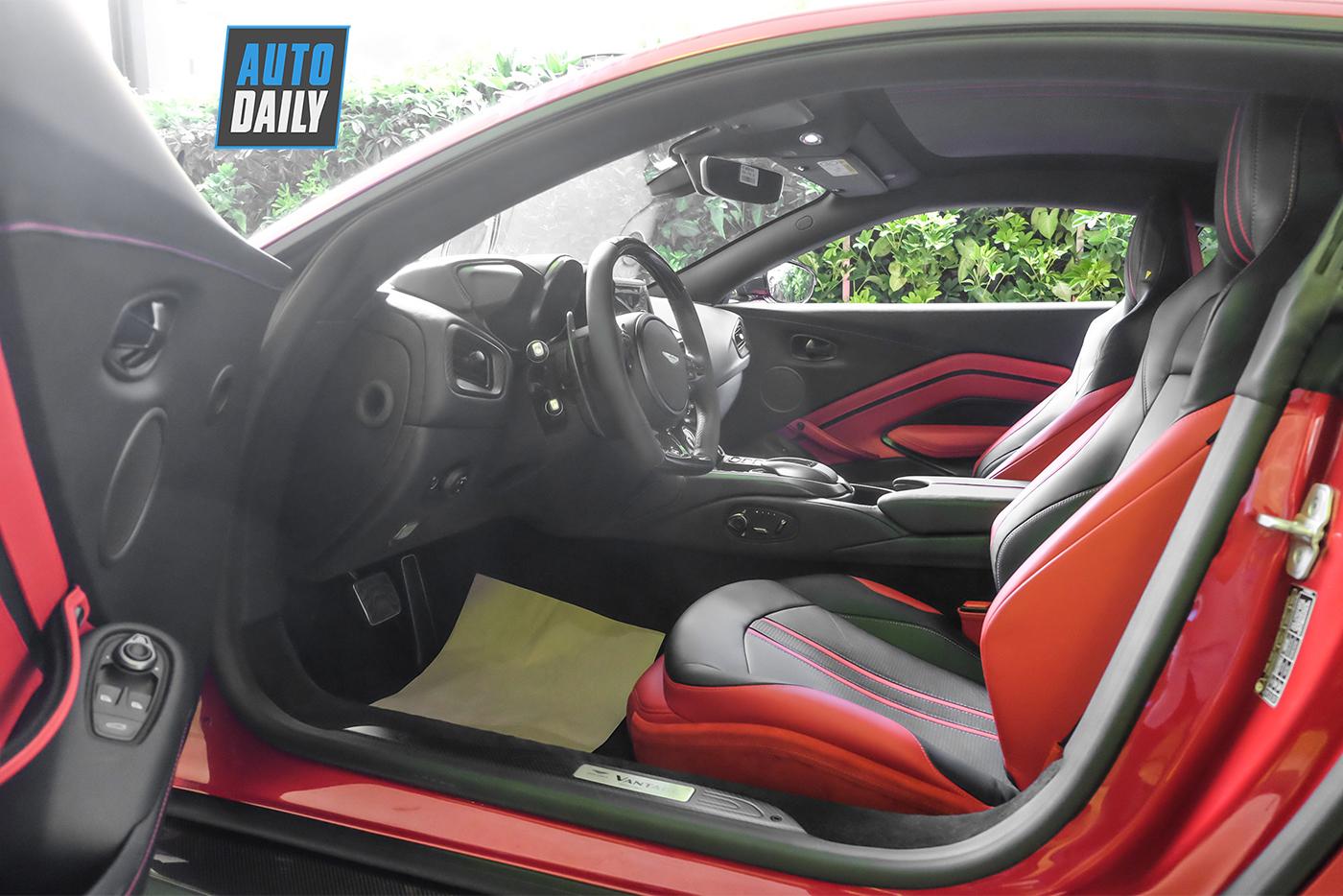 aston-martin-vantage-coupe-v8-32.jpg