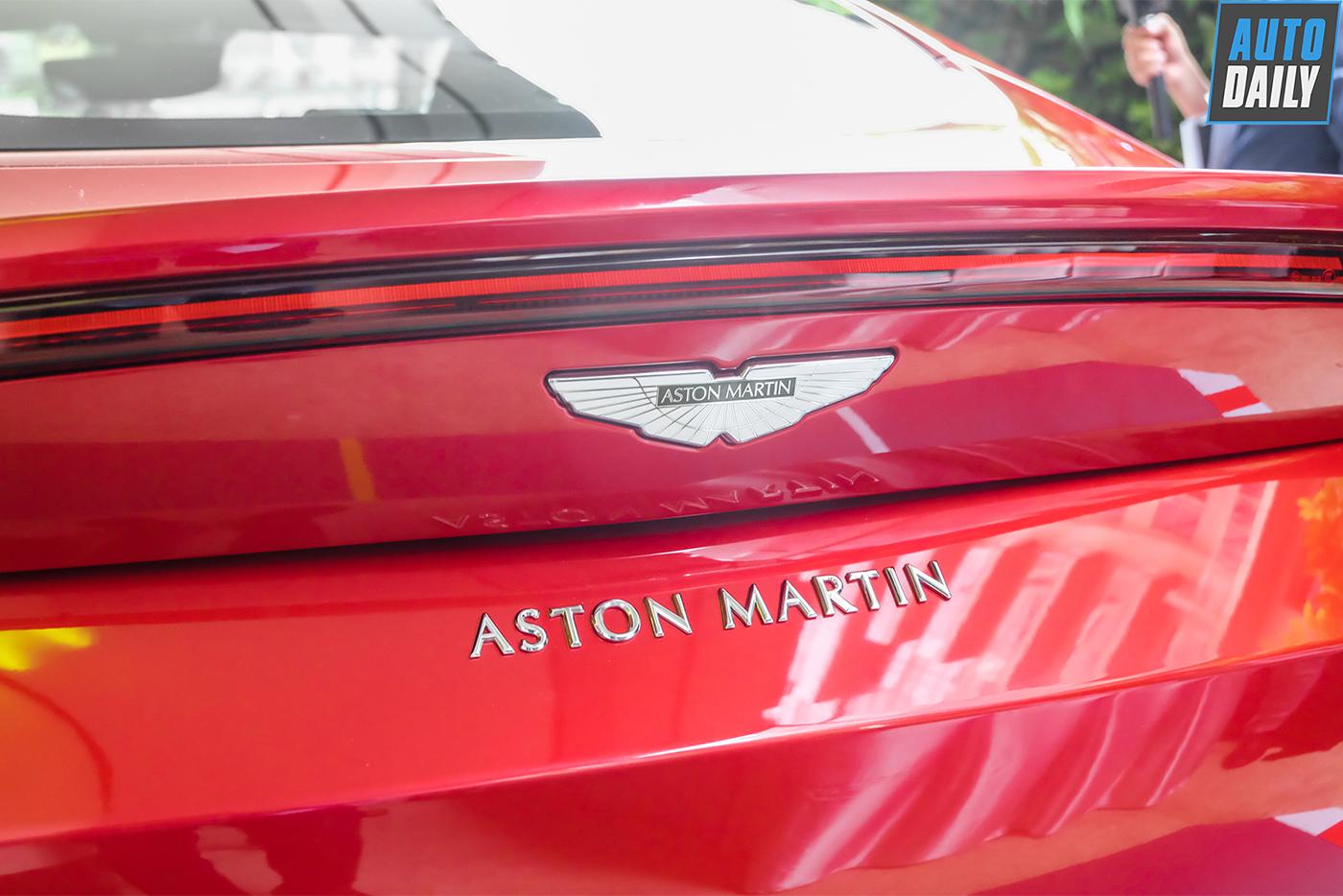 aston-martin-vantage-coupe-v8-7.jpg