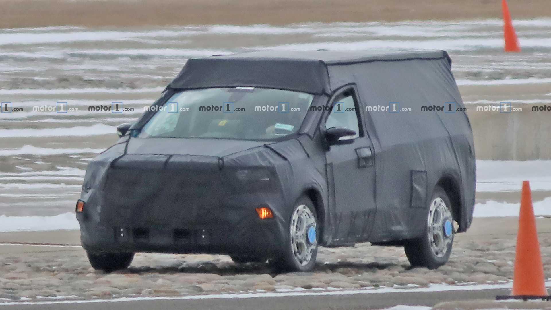 Lộ ảnh chạy thử mẫu bán tải 'đàn em' của Ford Ranger