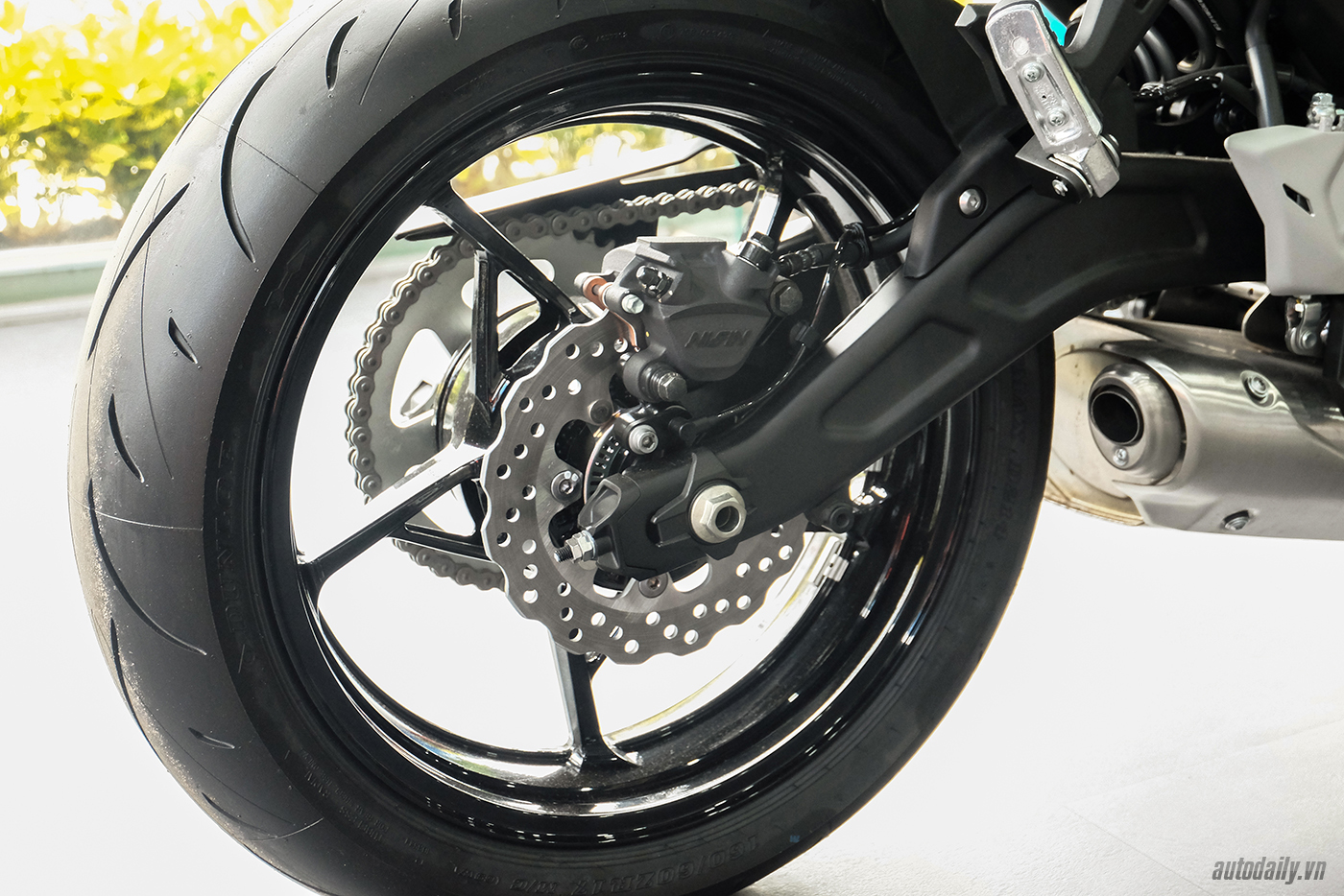 kawasaki-ninja-650-13.jpg